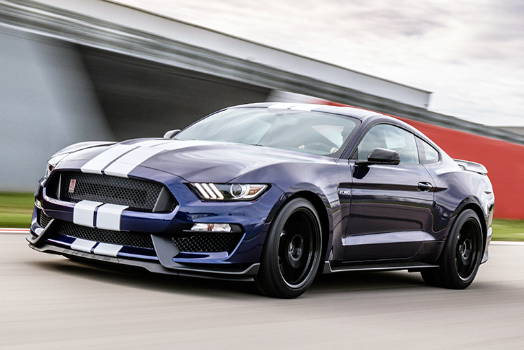 Ford Sharpens Up The Mustang Shelby Gt350 Visor Ph